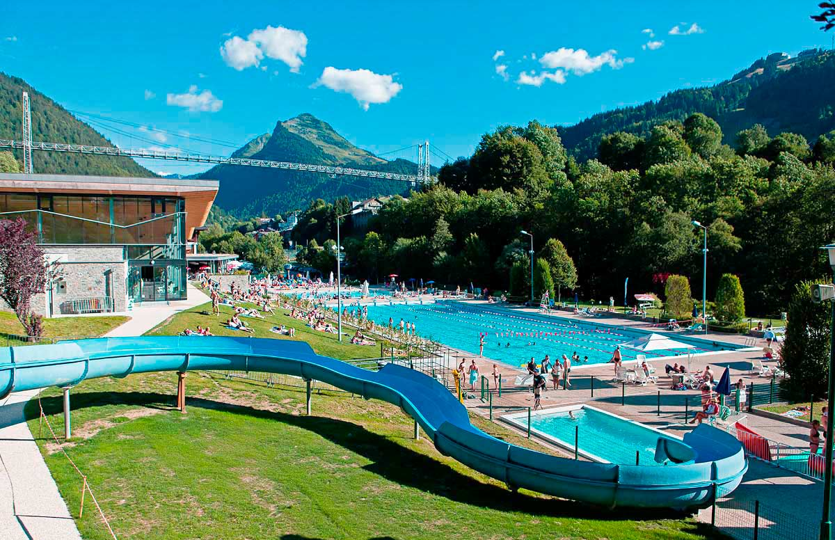 morzine swimming pool custom breaks